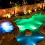 piscina con luces de colores