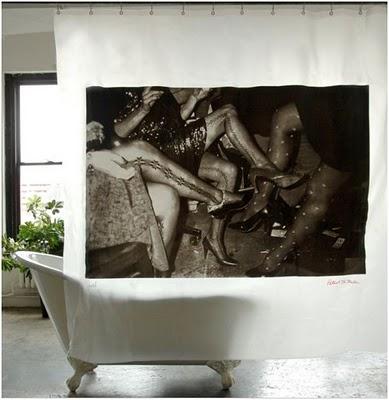 cortina baño retro piernas