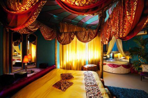 Foto de una habitación de uno de los hoteles más raros del mundo: Hotel Abali Gran Sultanato