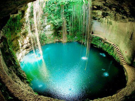 El Cenote Sagrado de Chichén Itzá