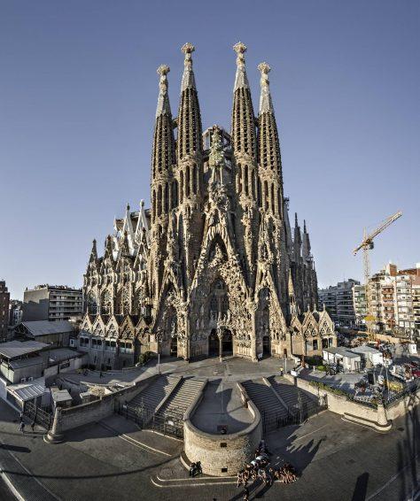 La Sagrada Familia de barcelona en Cataluña de Antoni Gaudí