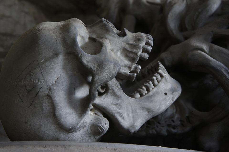 Calavera estilo gótico