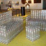 muebles reciclados con botellas de plástico usadas